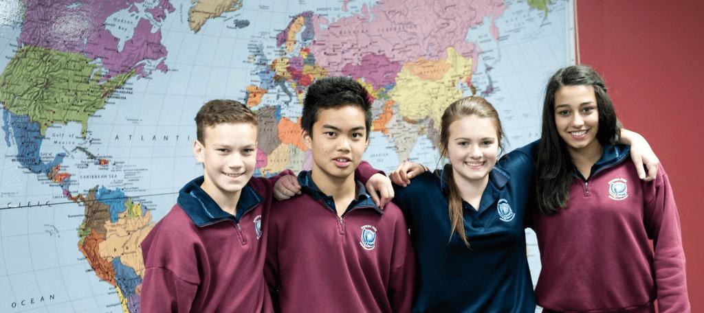Nhà trường cung cấp môi trường chu đáo và đầy thách thức nhằm thúc đẩy học sinh bộc lộ hết tiềm năng của mình.